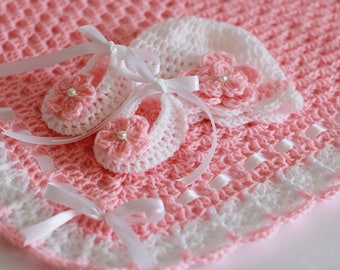 Crochet Baby Blanket, Hat and Booties Pink and White Satin Ribbon, Christening Baby Girl Baby Shower Gift. Crochet Flower and Pearl