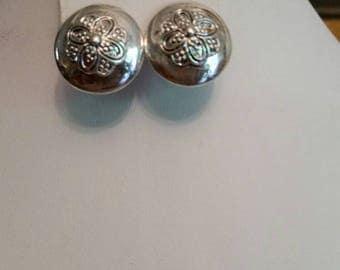 Vintage Oscar De La Renta Pierced Earrings
