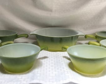 7pc Anchor Hocking Fire King Oven proof Avacado Ombre chili set