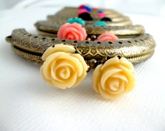 Bronze Purse frames /clutch frames in Antique Brass With Colored roses to choose from / pack 1 pcs