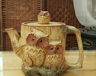 Lovely vintage ceramic owl family teapot