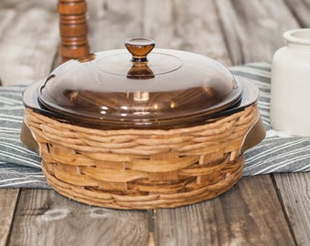 """Vintage Pyrex """"Baker in a Basket"""" Baking Dish with Basket 2 QT"""