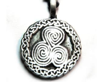 Triskele pendant and Celtic knots