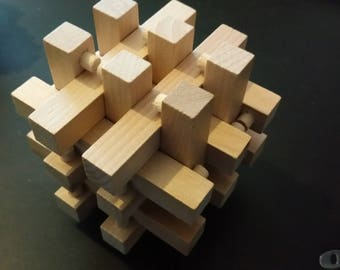 3 dimensional puzzle  ( impossible)