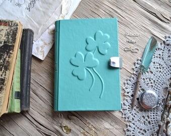 Notebook, clover