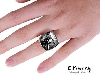 """""""The scream"""" from Edvard Munch lithograph glass silver metal square ring"""