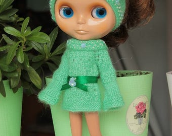 Outfit for Blythe doll: sweater and hat