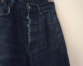 Levi's 501 dark blue wash vinatge 1980 size W 32
