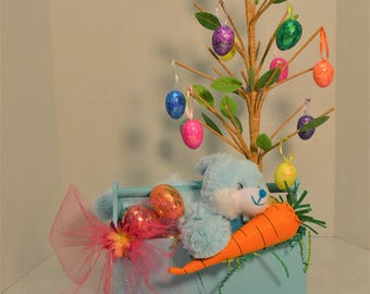 Easter Tree and Friends