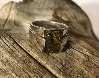 Baltic Green Amber & Sterling Silver Mod Style Ring