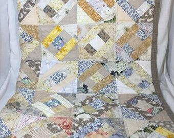 Soft tones quilt