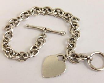 Hallmarked Sterling Silver Love Heart Toggle Bracelet 21.5cm 25.7g