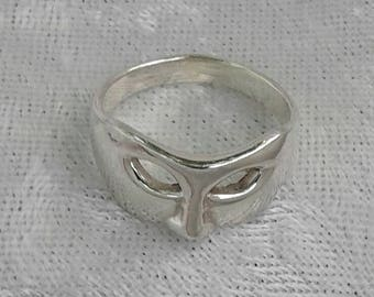 Mask Ring, Solid Sterling Silver Phantom Mask Ring, Phantom of the Opera Jewelry