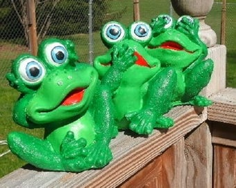 frogs 3 evils concrete, indoor outdoor garden yard art statues