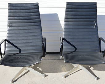Pair of Herman Miller Lounge Chairs Designed by Charles Eames, Mid Century Modern Aluminum