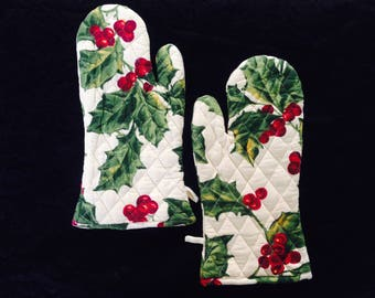 Beautiful and bright cherries for you oven mitts/ oven gloves/ ovenmitts