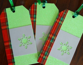 Green sparkly tags with plaid border