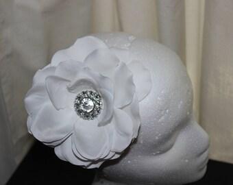 White Flower Fascinator