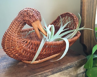 Vintage Wicker Duck Basket /  Fruit Basket