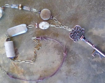 BOHO long key, feldspar, agate, marble, bronze necklace