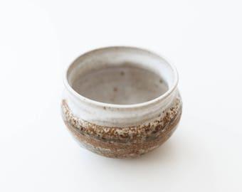Vintage Ceramic Pottery Bowl/Planter