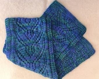 Blue Woollen Scarf in lacey pattern