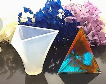 Triangle mold silicone resin type UV resin