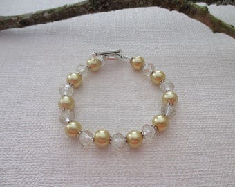 Bracelet yellow pearl and Crystal