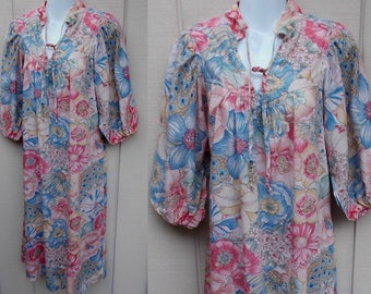 Vintage 70s Floral Smock Dress / Size Sml - Med