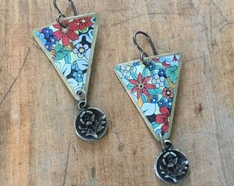 Triangular floral earrings