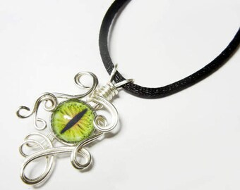 Wire Wrap Handmade Mountain Moss Glass Evil Dragon Eye Pendant with Necklace
