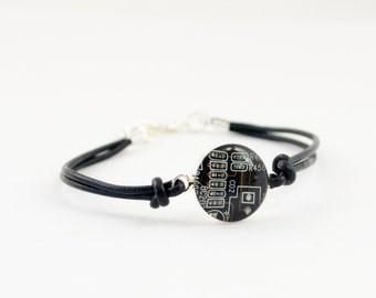 Circuit Board Mens Leather Bracelet, CHOOSE COLOR Leather Cord Bracelet, Geeky Masculine Bracelet, Technology Gift for Him, Computer Jewelry