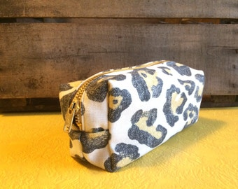 Boxy Purse Cheetah Print with Cream