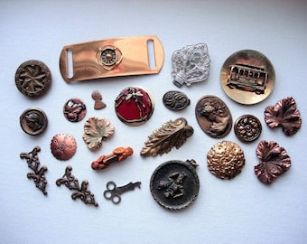 Craft  Lot of Various Vintage and Antique Broken and Not Broken Jewelry and Items