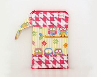 zipper pouch pink owls, little girl purse, wristlet, Charger cord bag, Pink Lemonade purse, girls travel bag, toddler toy bag, iPhone wallet