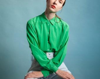 kelly green silk pleated blouse / oversized blouse / m / 1977t / B18