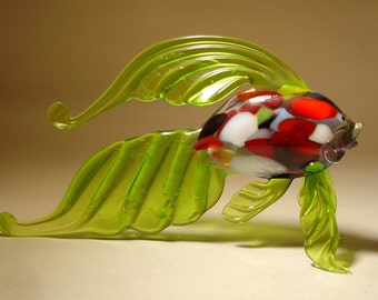 Handmade Blown Glass Art Figurine Green Exotic Fish with Speckled Body