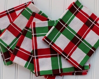 BIG SALE - Red Green Plaid Towel - Christmas Hand Towel - Plaid - Martex - Vintage Toweling - Linen Towel - Red Green Check
