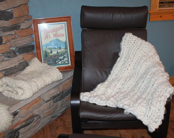 Huge Chunky Knit Merino Wool Hygge Blanket. Super Soft Handspun Yarn. Huge Knit. Warm. 32x60in