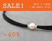 SALE - One white pearl choker necklace, Thin black choker, Single pearl necklace, Choker necklace, Thin Suede choker, Chocker