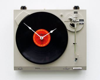 Record player clock, record album clock, music lover clock, Bruce Springsteen, upcycled large wall clock, vintage, Recycled Turntable Clock