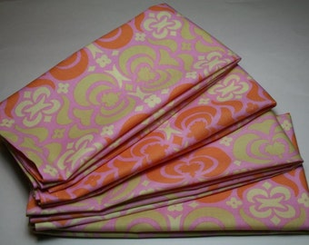 Large Cloth Dinner Napkins - Set of 4 - Garden Maze Geometric in Pink - Amy Butler Midwest Modern ab23-pink Everyday Lunch
