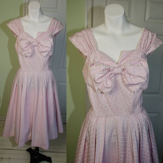 Vintage 1950s Saks Fifth Avenue Pink Print Day Dress with Bow