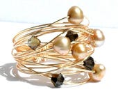 Gold Pearl Wire Wrap Ring / Gold Nest Pearl Ring / Wire Wrapped Ring with Gold Wire Freshwater Pearls and Black Diamond Swarovski Crystals
