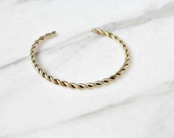 Twisted cuff bracelet in brass, boho chic antique style cuff bracelet