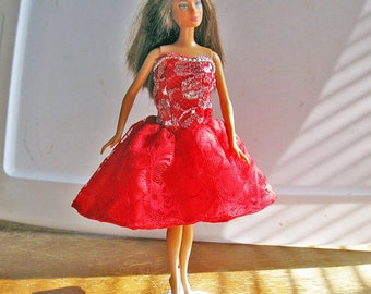 Barbie Red and Silver Strapless Party Dress