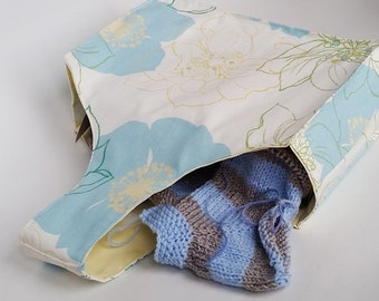 Karrie knitting and crochet project wrist bag. Blue Rose print fabric UK Seller