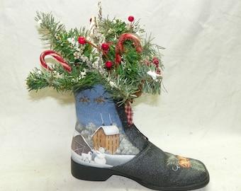 Santa's Boot Christmas Centerpiece, Timed Candle, Hand Painted Folk Art, Santa and Sleigh, Floral Arrangement, Rustic Christmas Decor