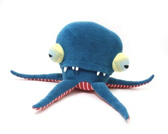"Plush Sea Creature ""Hughie"" Pentapod Cotton Monster"
