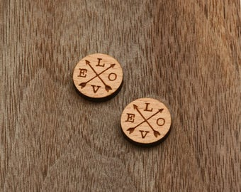 8 pieces of Arrow and Love Wood Charm, Carved, Engraved, Earring Supplies, Cabochons (WC 032)